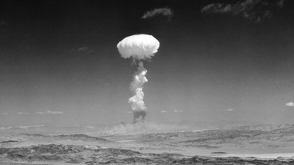 7 Insiden Bersejarah yang Hampir Memusnahkan Manusia